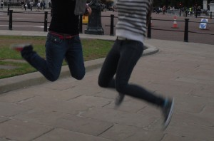 and we did get a little paparazzi from this one. What? people don't do mid air shots in England?