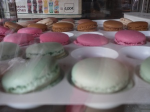 Beautiful to photograph, but so unpleasant to eat. Macaroons did not taste as good as they make it look on tv.