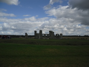 14 stonehenge from a distance