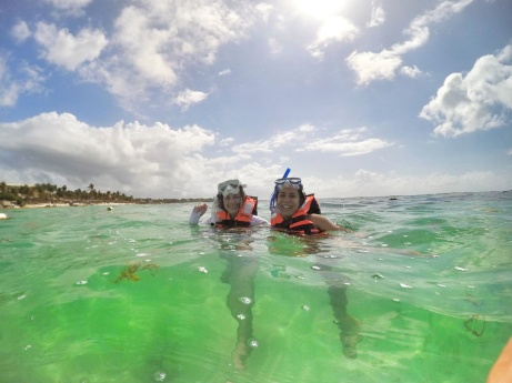 Snorkeling-in-akumal-mexico